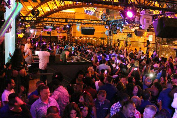 Chateau-Nightclub-Las-Vegas-2
