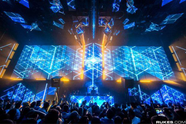 Light-Nightclub-Las-Vegas-3